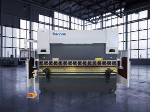 135 tonn CNC hydraulisk trykkbrems