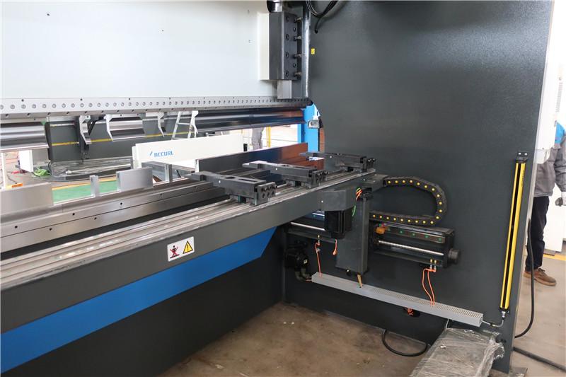 BGA-4 for X og R-Axis CNC Backgauge