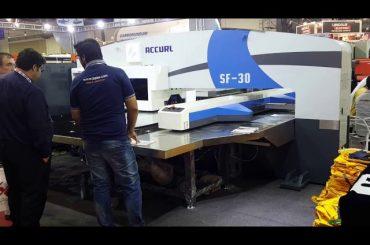 Høykvalitets servo cnc hydraulisk turret punch pressemaskiner