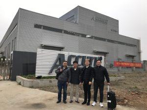 Russland Kunder Besøk Double Linkage Bøyemaskin i vår fabrikk
