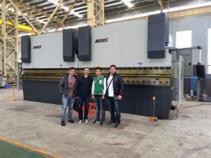 Vietnam kunder besøker vår fabrikk