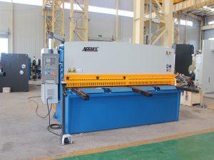hydraulisk skjæringsmaskin med svingstråle